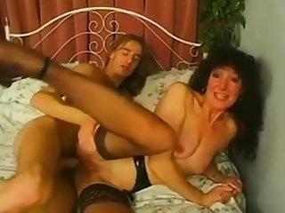 Mature slut anal and synthesis facials.