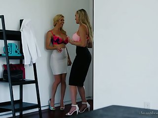 Alexis Fawx and Brandi Honour are eating every time others graceful looking slits