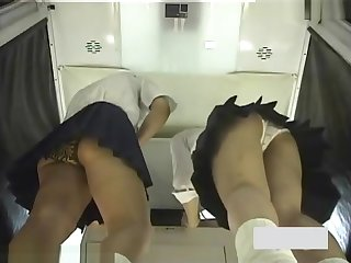 Japanese schoolgirls upskirt voyeur