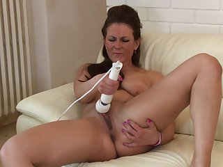 Anilos - Valentina Ross plays with vibrator