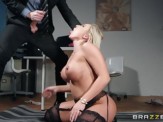 After measure Lilli Vanilli just wants to suck hard and obese friend's cock