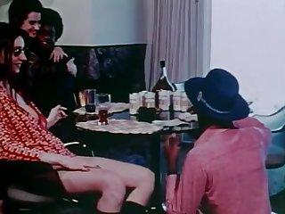 Black men log a few zees Z's unawares white girls  (70s) Vintage