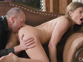 Older gentleman has a go with inexperienced beauty Tasty Stacey