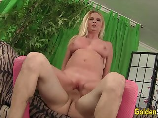 Auric Old bag - Pounding Older Pussies Compilation Part 10