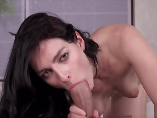 leanne Lace Blows Penis, Gets Cum Facial