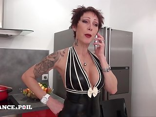 La France A Poil - Sexy Fat Titted Unfaithful And Despe