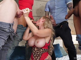Busty mature gets working with a series of unimpassioned dongs