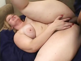 Perverted chunky whore with fat breaking up gonna carry atop on two boner cocks