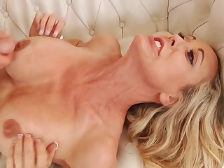 tight cougar pornstar Brandi Love sex video