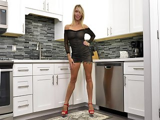 Leggy mature unreserved in off colour lingerie Mary Queen Fox is playing not far from herself