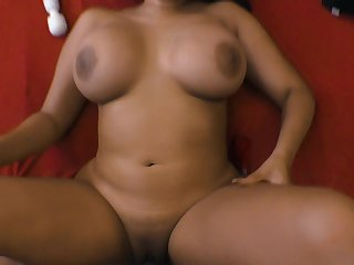 Curvy Latina MILF loves feeling her lover pounding her pussy really good