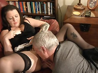 Hardcore amateur fucking at home with tattooed wife Crystal
