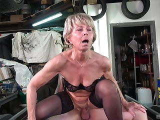 Mature hottie Stanislava gets her pussy pounded by a horny friend